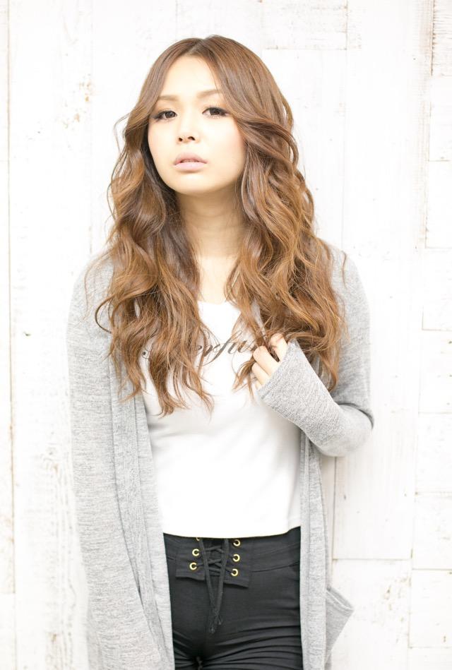 丸顔に似合う髪型(表参道青山の美容室ブルーフェーセス高森恭生のブログ)